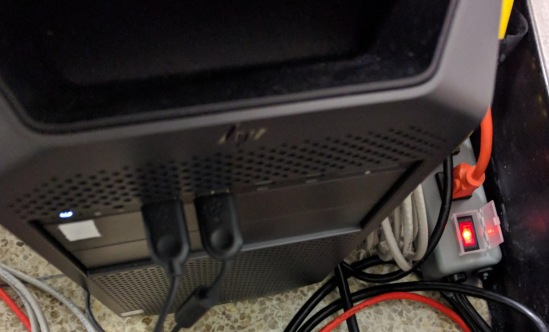 E58_Mocap_Computer_Power_Button_and_CameraHub_ON_OFF_switch
